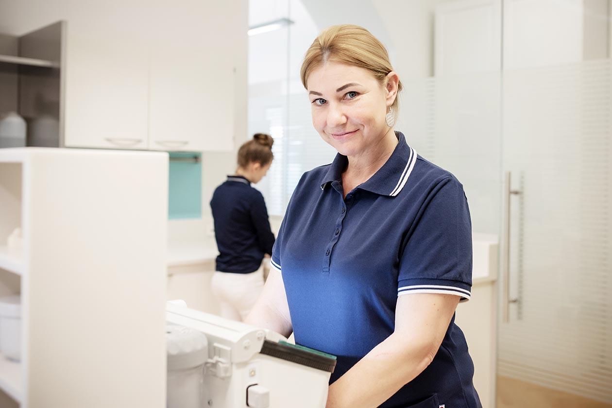 Zahnarzt Assistentin (c) Miriam Raneburger